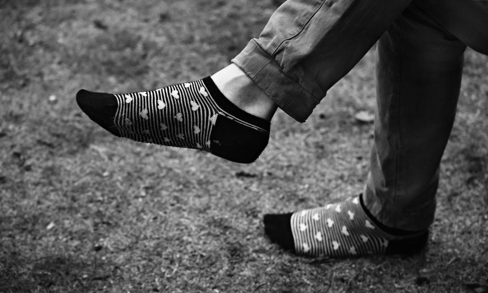 piernas cruzadas