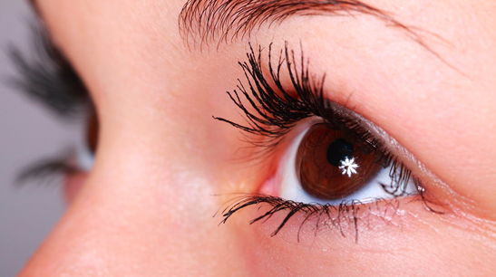 Este verano cuida tu higiene ocular con las toallitas Oftalnatur